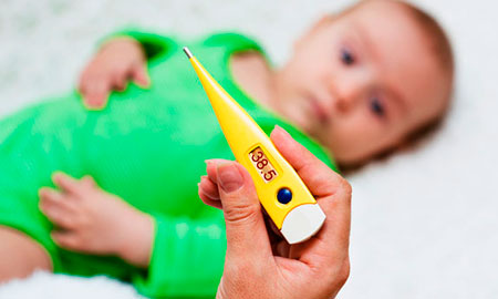 понос новорожденного при грудном вскармливании фото