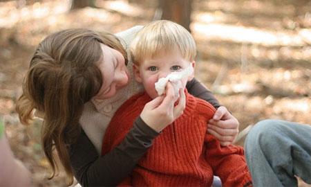 Когда можно выходить на улицу с ребенком после орви
